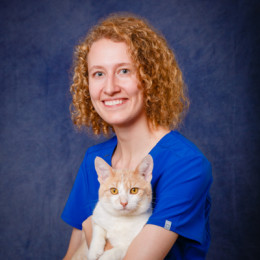 Portrait of veterinarian Laura Purdy